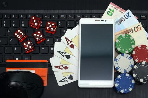 3 Rahasia Agar Mendapatkan Uang Dalam Permainan Bandarq Situs Poker